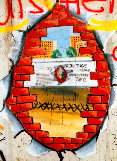 Graffit an der Mauer in Berlin im September 1987