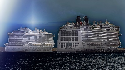 AIDAnova und NORWEGIAN EPIC am 2.11.2019 in La Palma de Mallorca